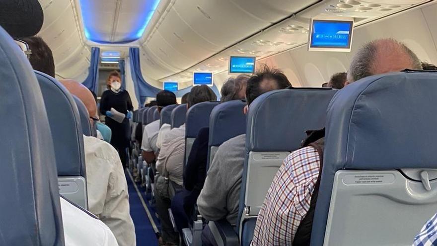 Un vuelo Madrid-Mallorca de Air Europa despega lleno