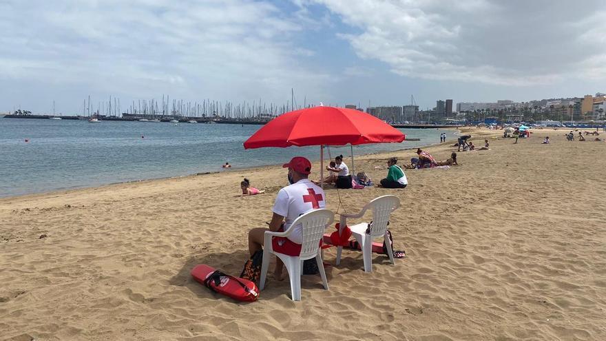 Una Semana Santa tranquila en las playas de la capital