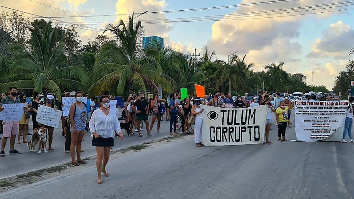 Una protesta tras la muerte de la salvadoreña a manos de la Policía en México.