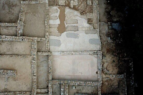 Recreen en tres dimensions l'antic port grec d'Empúries del segle II aC