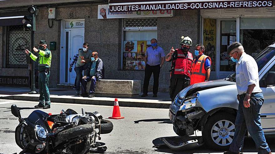 El hostelero Rafael Serantes se recupera de un accidente de moto en Barrantes