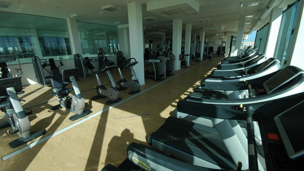 Pinatar Arena cierra un gimnasio tras el positivo de un empleado