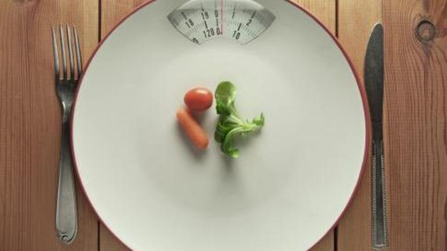Lo que los expertos recomiendan cenar para quemar grasa y adelgazar sin esfuerzo quedándote en casa