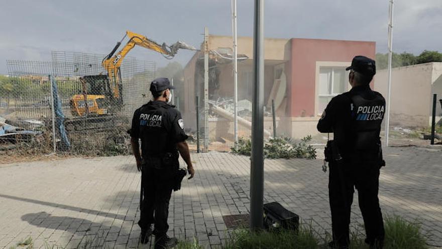Cort tramita la recuperación de ocho propiedades okupadas por 50 personas