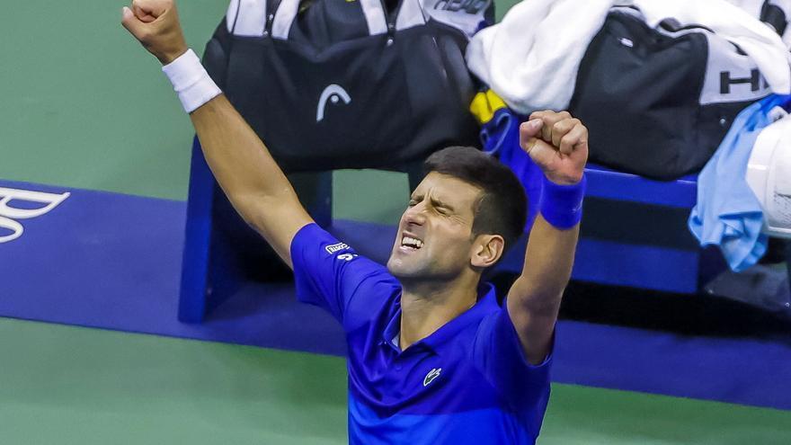 Djokovic derrota a Zverev y se enfrentará a Medvedev en la final del Abierto