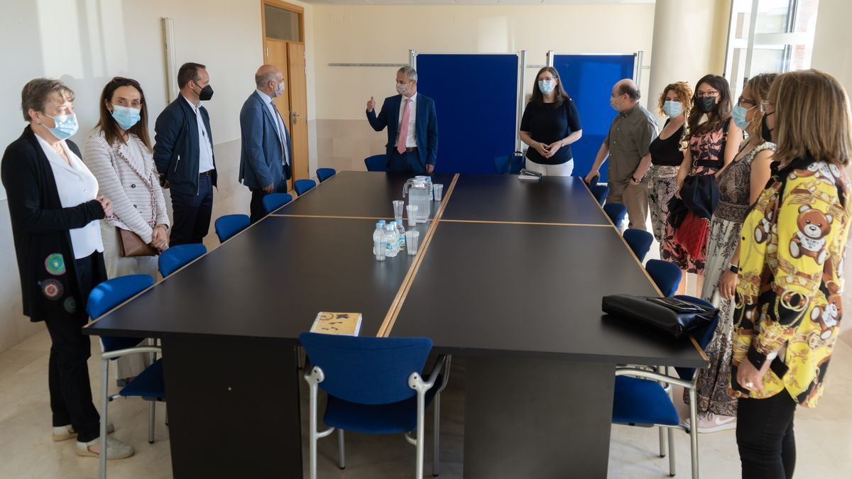 El rector, reunido con los directores de las escuelas del Campus de Zamora