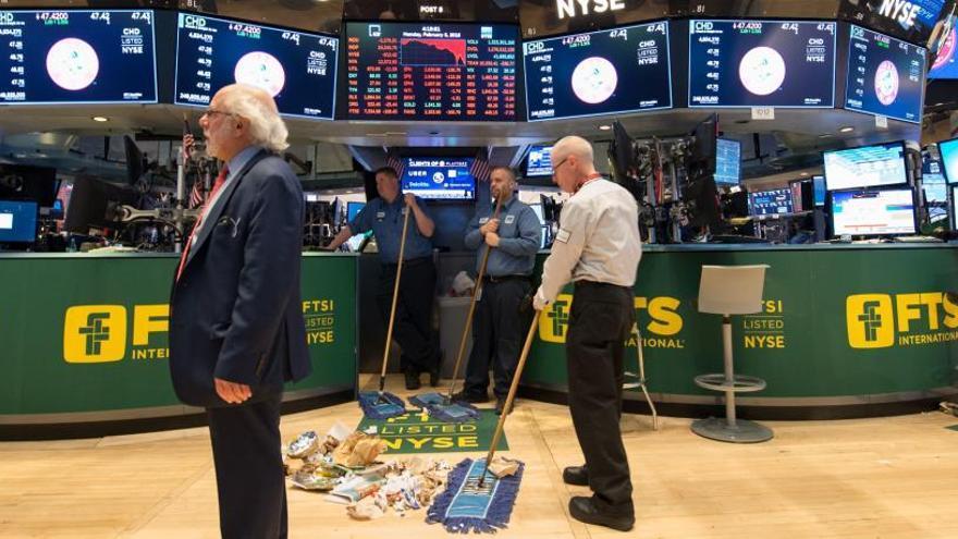 El Dow Jones se recupera y sube un 2,34%