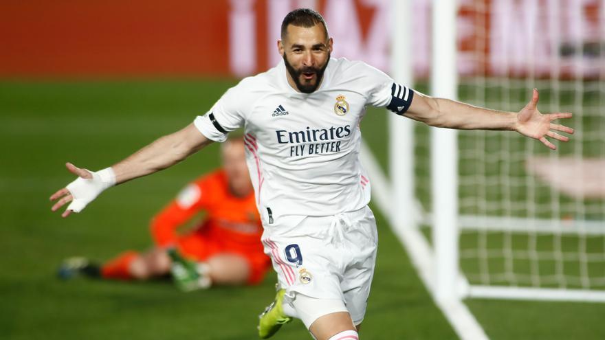 El Real Madrid derrota al Barcelona y duerme líder