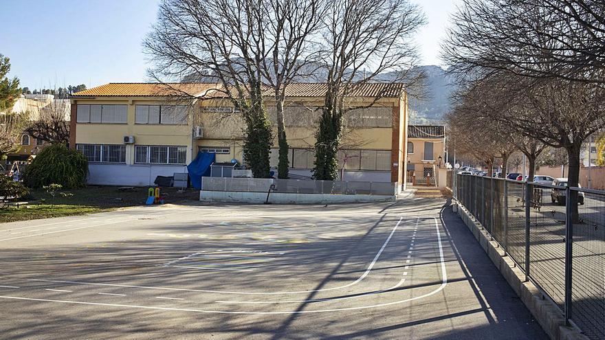 Educació vuelve a rechazar    el solar junto al colegio para centro de salud de Xàtiva