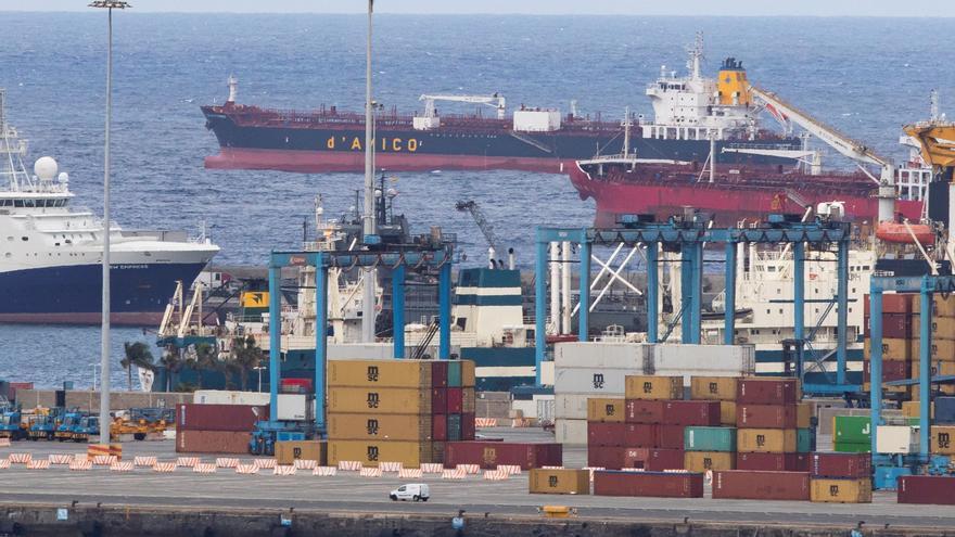 Sanidad Exterior ignora a Gran Canaria a la hora de vacunar a tripulaciones