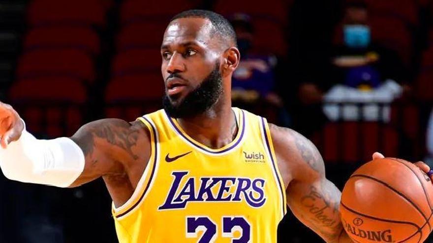 Los Lakers pierden la revancha con los Heat