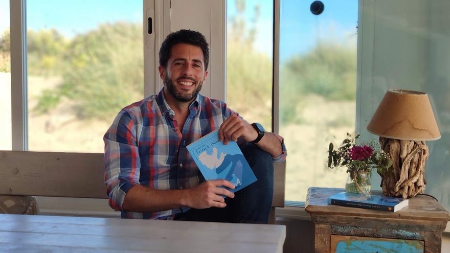 JJ Arevi, el malagueño que triunfa con sus novelas de fantasía