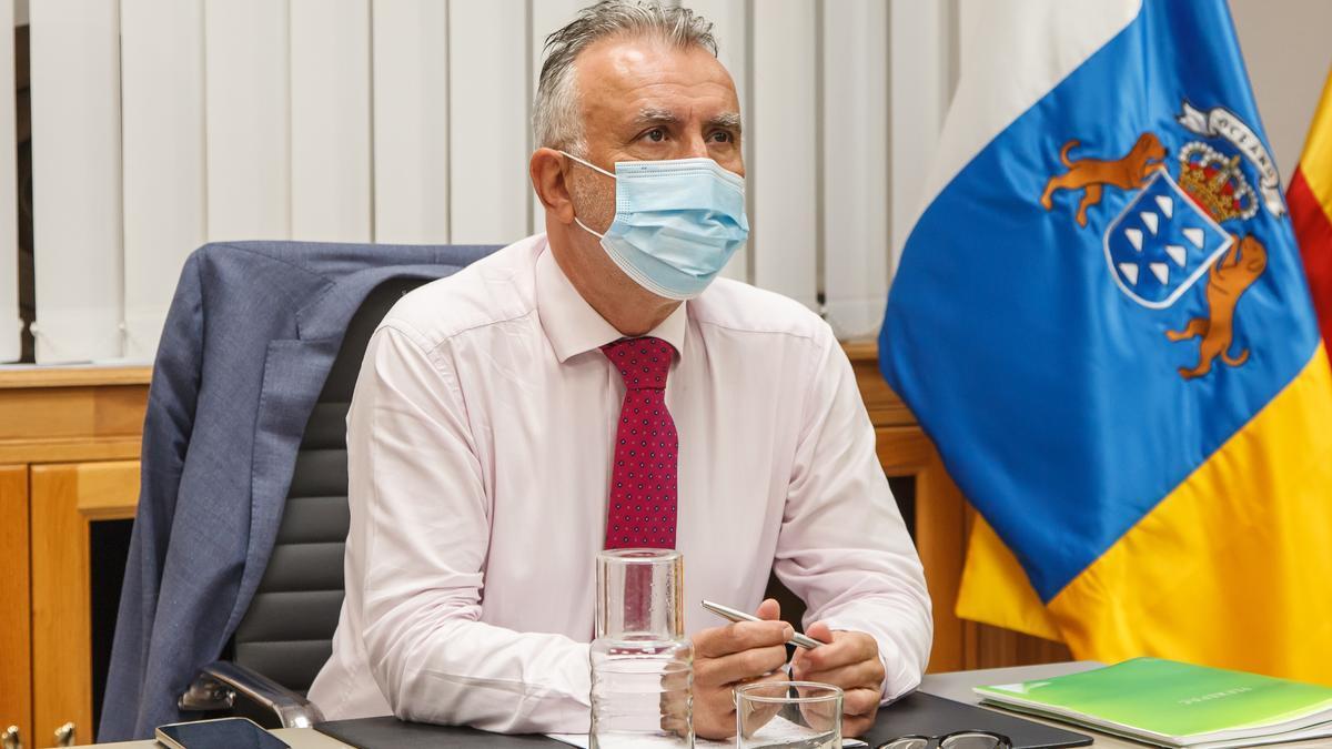 El presidente de Canarias, Ángel Víctor Torres, participa este lunes en la Comisión Mixta para la reconstrucción de La Palma.