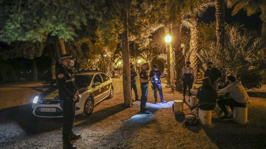 Elche roza las 400 denuncias por incumplir las medidas de seguridad el fin de semana