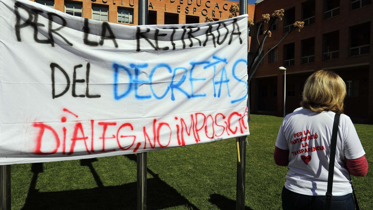Manifestación de los SPE ante la Conselleria de Educación.
