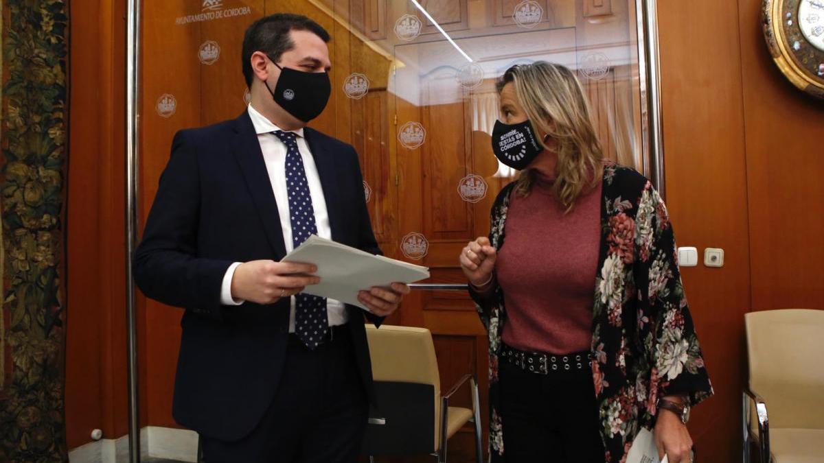 El Ayuntamiento aprueba 4,5 millones en nuevas ayudas de emergencia para empresas y pymes