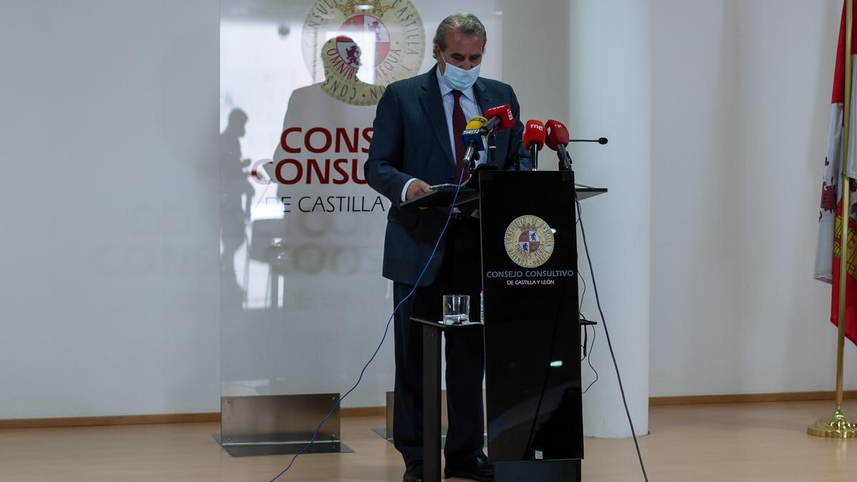 Agustín S. de Vega, presidente del Consultivo