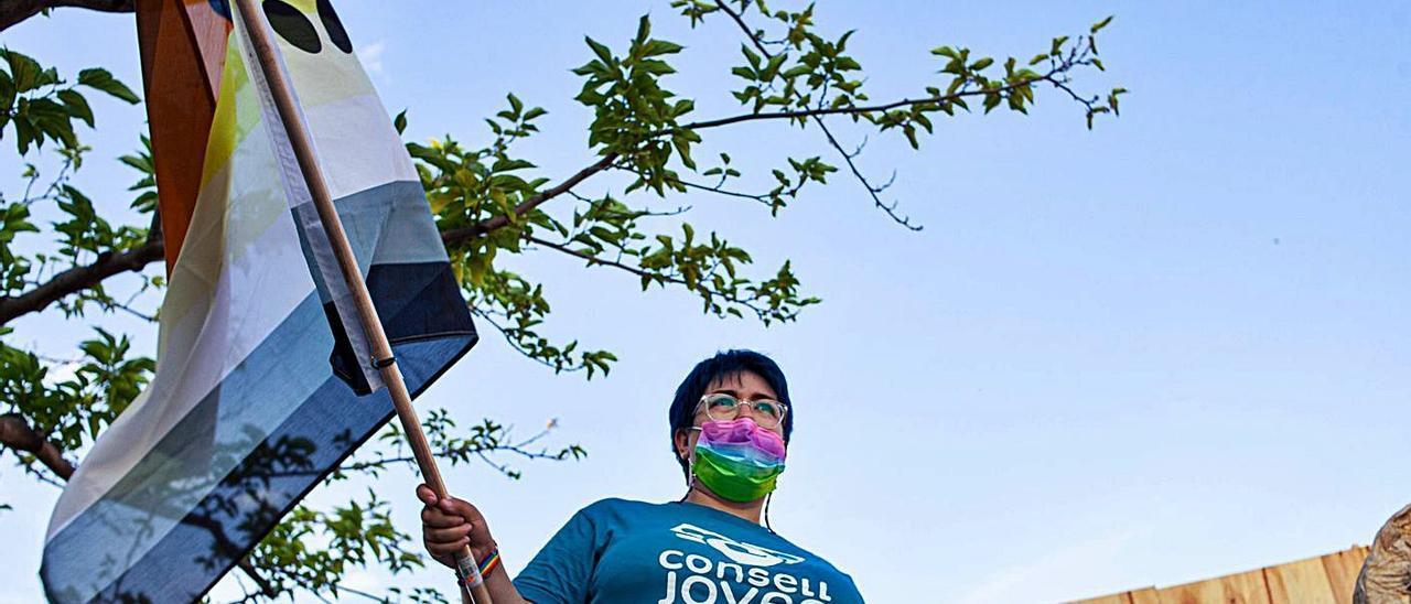 El color de la diversidad invade Gandia | ARIANA ROMÁN