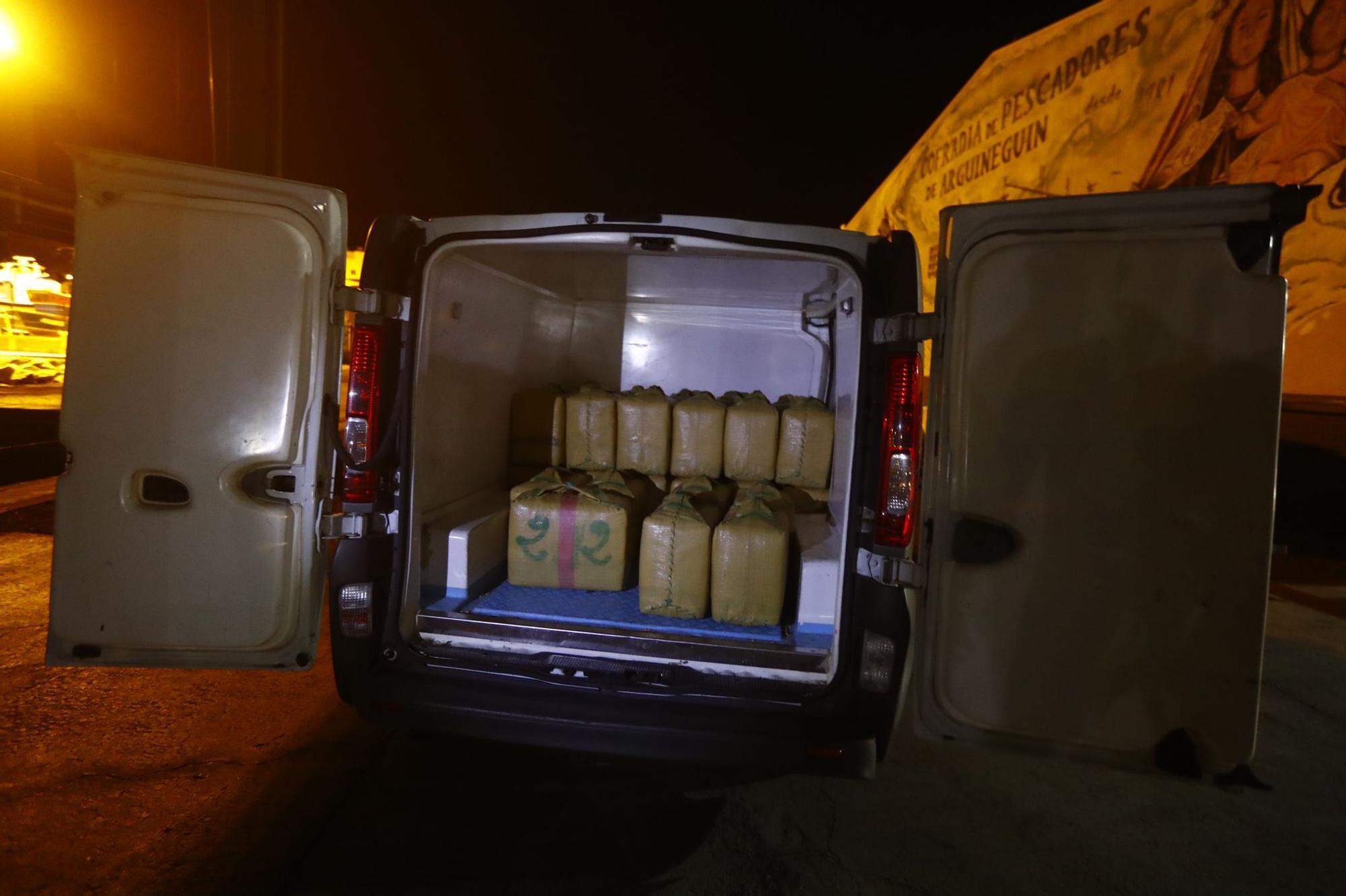 La Guardia Civil intercepta una zodiac con más de mil kilos de hachís al sur de Gran Canaria