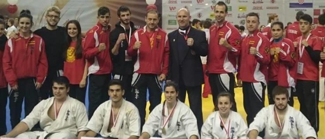 El alcireño Javier Zamora se cuelga la plata en el europeo de karate