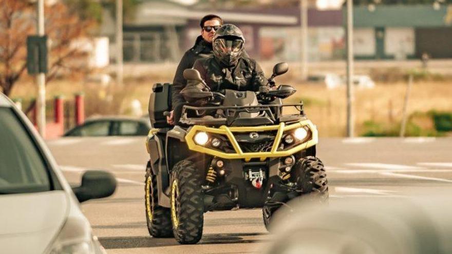 ¿Se puede conducir un quad por ciudad?