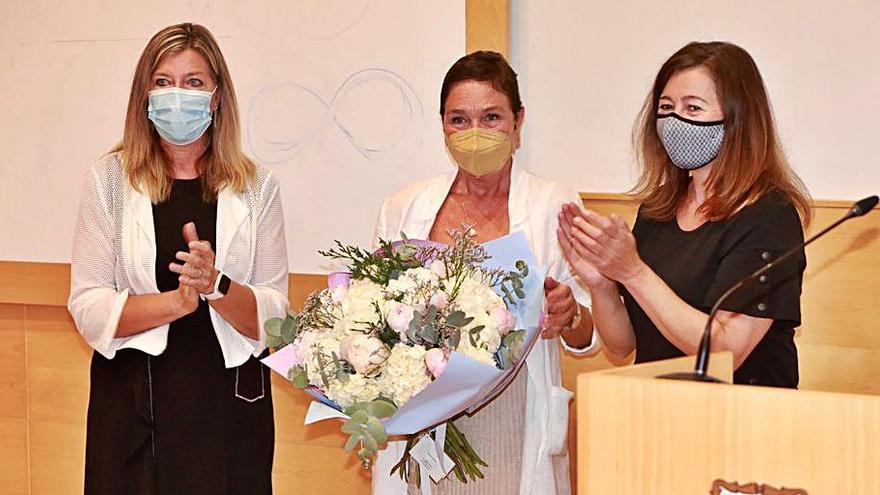 Armengol asiste al homenaje al doctor Marqués Bravo en el Hospital Son Llàtzer