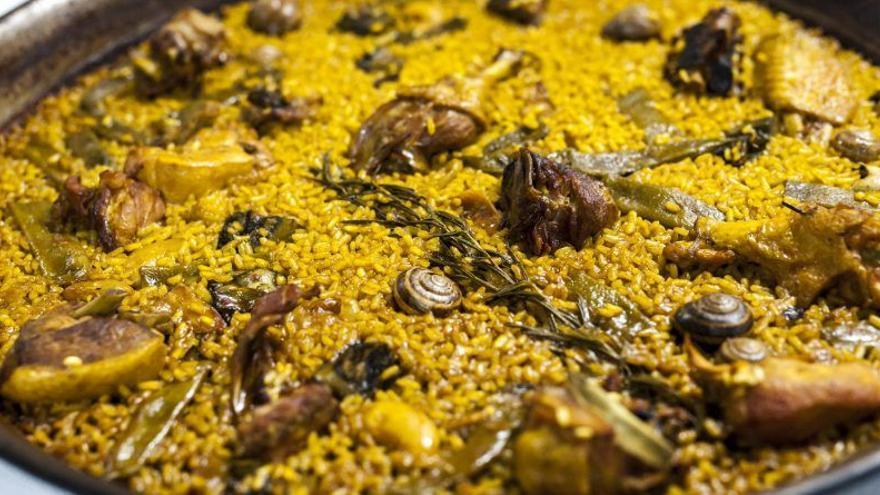 Cullera lleva la paella valenciana y el arroz del 'senyoret' a París