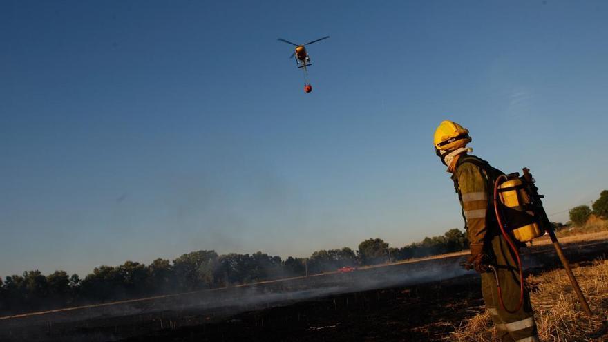 Los rayos de las tormentas provocan dos incendios en Zamora