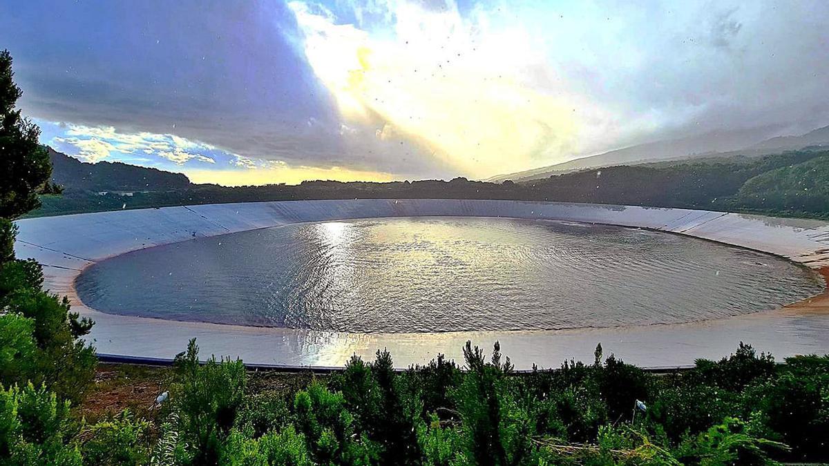 Balsa ubicada en La Laguna de Barlovento, al norte de la Isla.