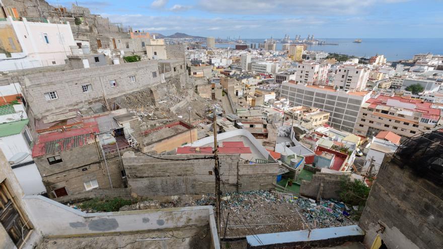 Urbanismo busca solares en los Riscos  para hacer escaleras, plazas y párquines