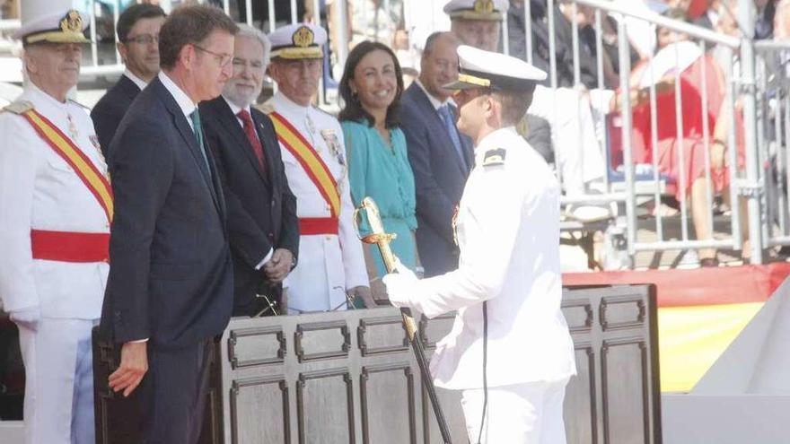 Felipe VI entrega en Marín los Despachos a la 300 promoción