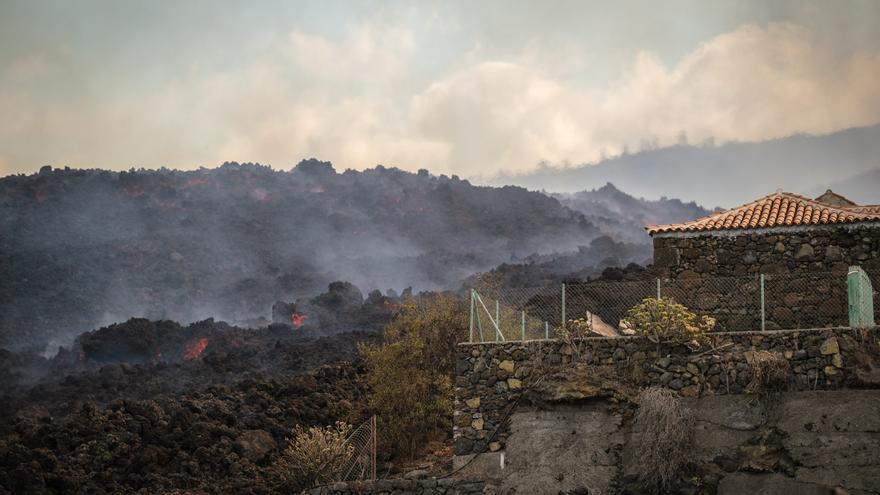 BBVA ofrece un plan de ayudas a las familias y empresas afectadas por la erupción de La Palma