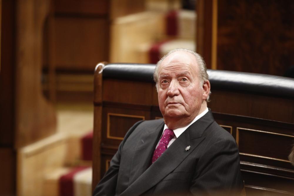 El rey Juan Carlos I se destierra | Agosto