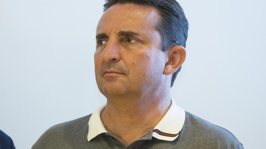 El PP se queda solo por segunda vez en la Diputación al rechazar la dimisión de Bernabé Cano