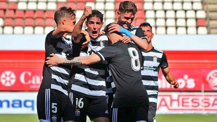 El Cartagena B roza el ascenso tras ganar en Nueva Condomina