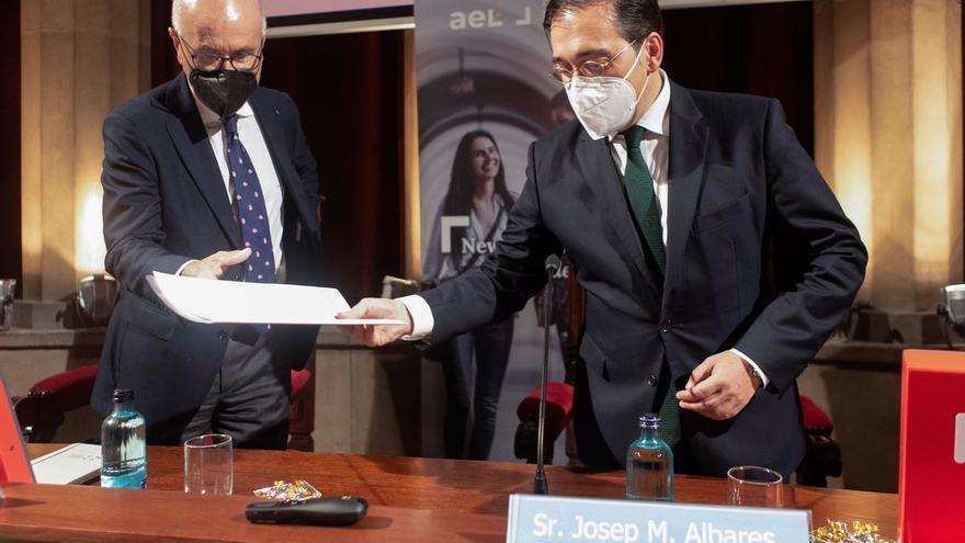 El Gobierno condecorará al embajador de Afganistán por su papel en la evacuación