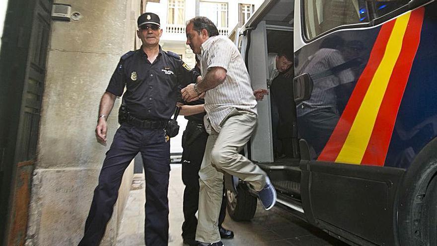 Fallece un recluso condenado a 32 años por matar a su mujer en Mutxamel en 2011