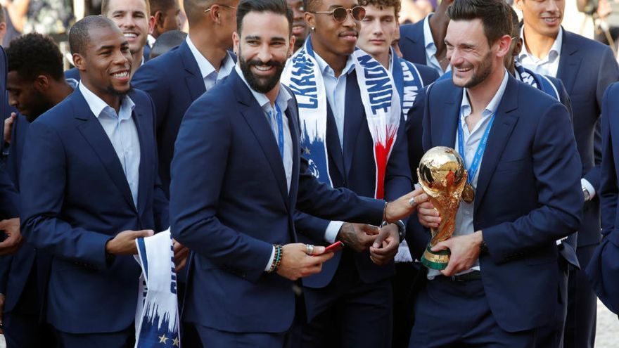 Baño de masas de los 'bleus' para celebrar el Mundial