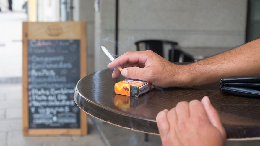 Aturen la distribució d'un fàrmac per deixar de fumar per contenir possibles agents cancerígens