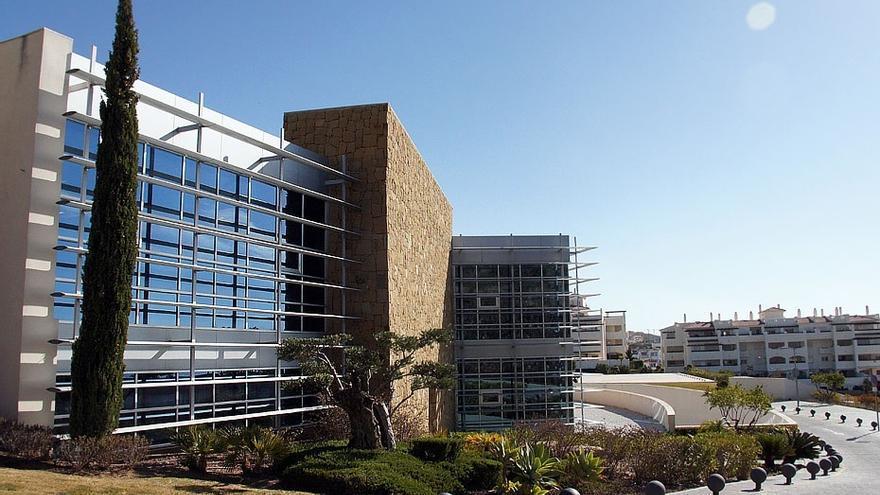 Los vecinos de Benalmádena se vacunarán en el Hospital de Alta Resolución a partir del lunes