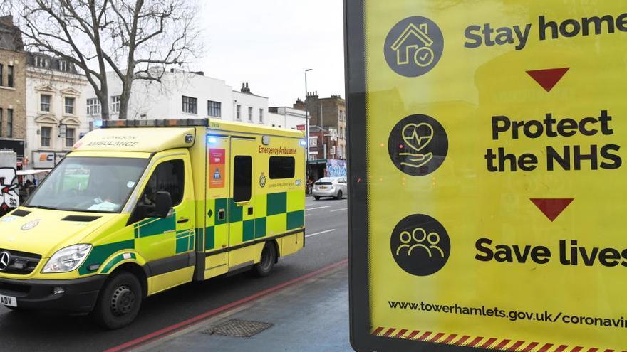 Reino Unido supera los 100.000 muertos por coronavirus