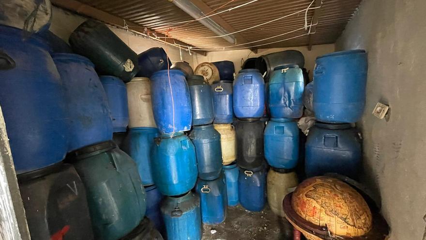 Diez detenidos en La Vila por robar aceite usado para hacer biodiésel