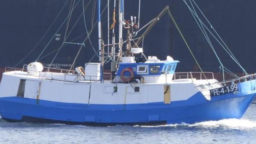 Cuatro rescatados al hundirse su barco en la ría de Vigo