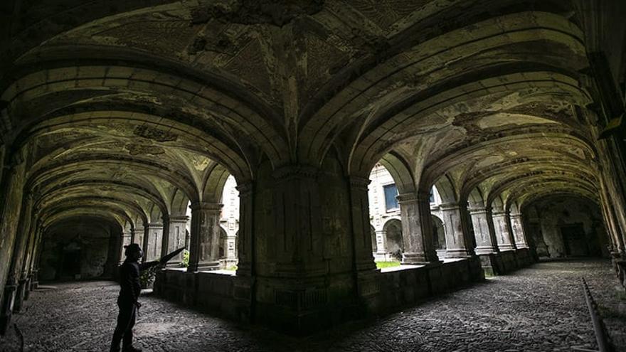 Monasterios retirados del mundo en el occidente asturiano