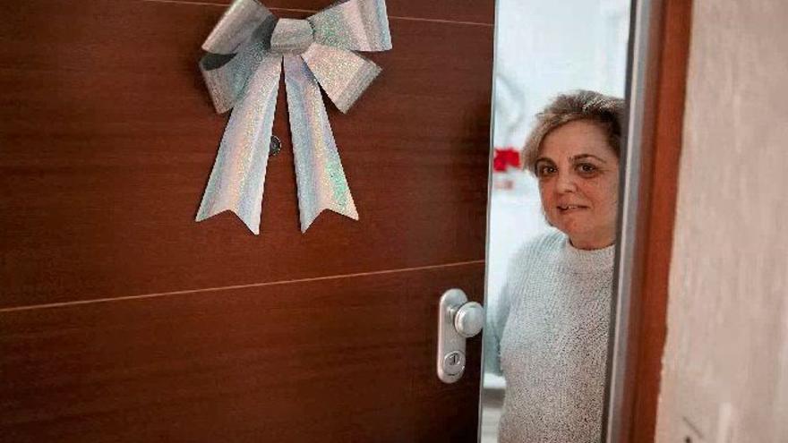 La mano de obra de un cerrajero en Nochevieja: 1.077 euros por abrir la puerta a una mujer