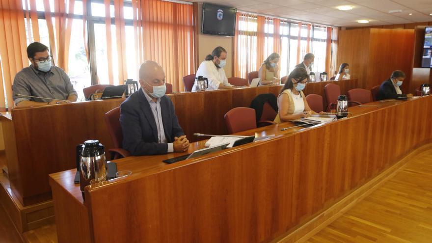 El pleno municipal en el que se ha aprobado ampliar Navia para crear 1.600 viviendas protegidas