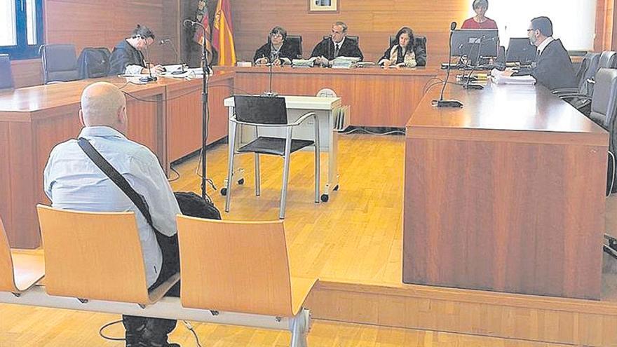 Ratifican casi seis años de cárcel por ocultar pólvora y armas en Castellón