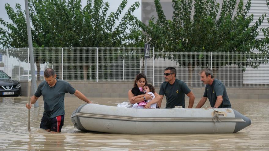 Hidraqua presenta sus sistemas de drenaje sostenible y control fluvial inteligente en el Congreso de Inundaciones de Orihuela
