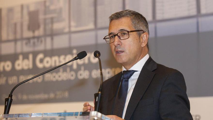 """""""Asturias podrá seguir abatiendo lobos como hasta ahora"""", afirma Hugo Morán"""