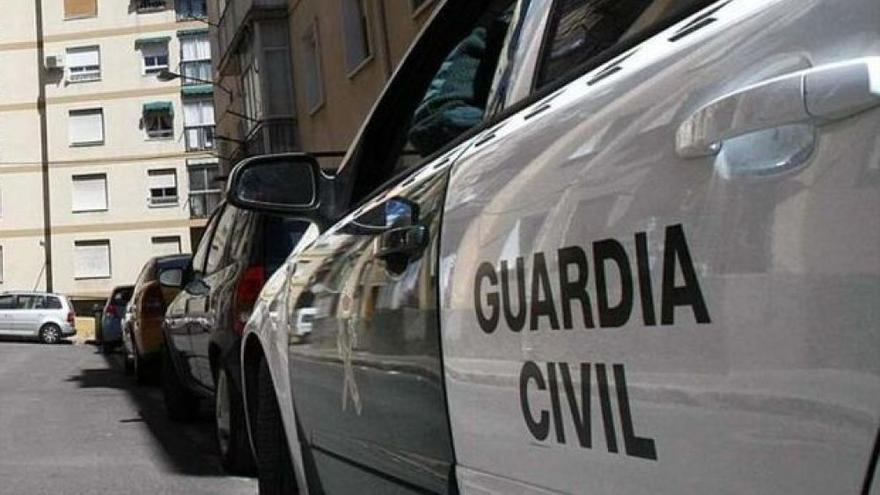 Detenido tras amenazar con un cuchillo a pacientes y sanitarios en un centro de salud de San Pedro